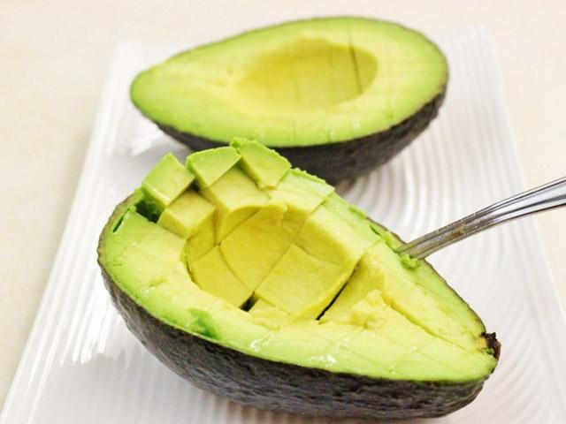 Авокадо для похудения - полезные свойства для женщин и мужчин, рецепты диетических блюд с фото