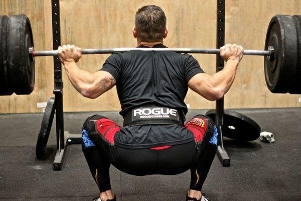 Упражнения в тренажерном зале чтоб убрать бока и живот